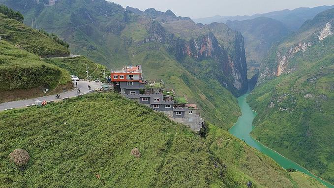 Panorama - Ma Pi Leng pass