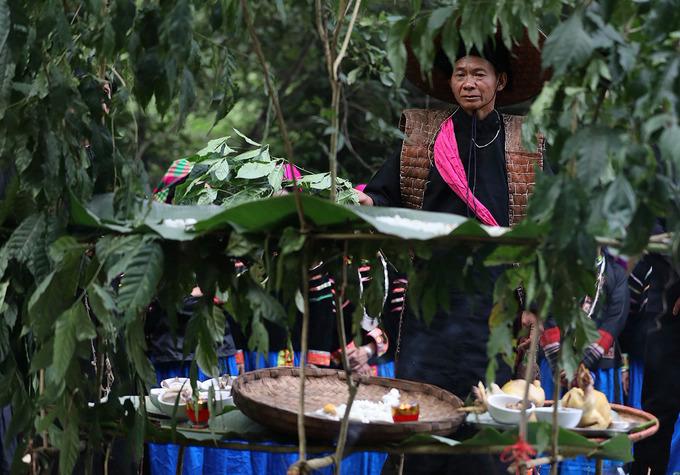 Pu Peo ethnic people