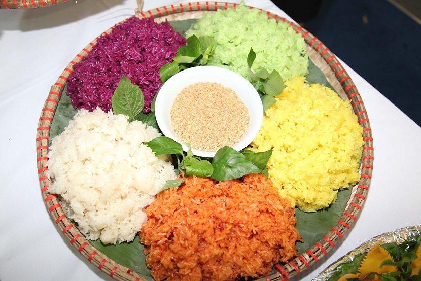 Five-color Sticky Rice (Xoi Ngu Sac)