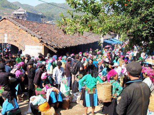 Ha-Giang-Market-Fair