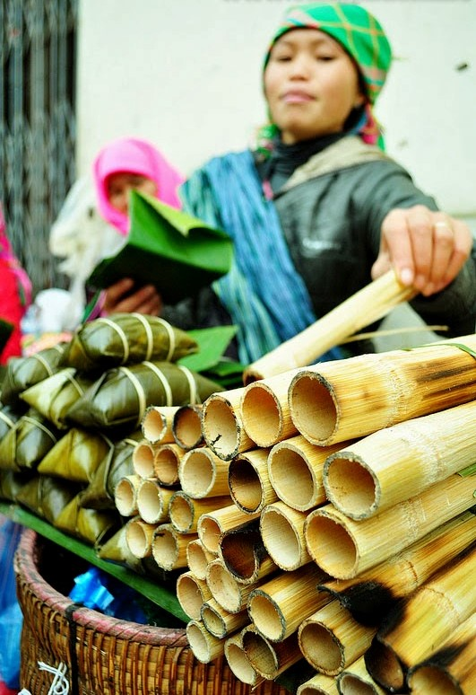 Bamboo tube rice (Com Lam)