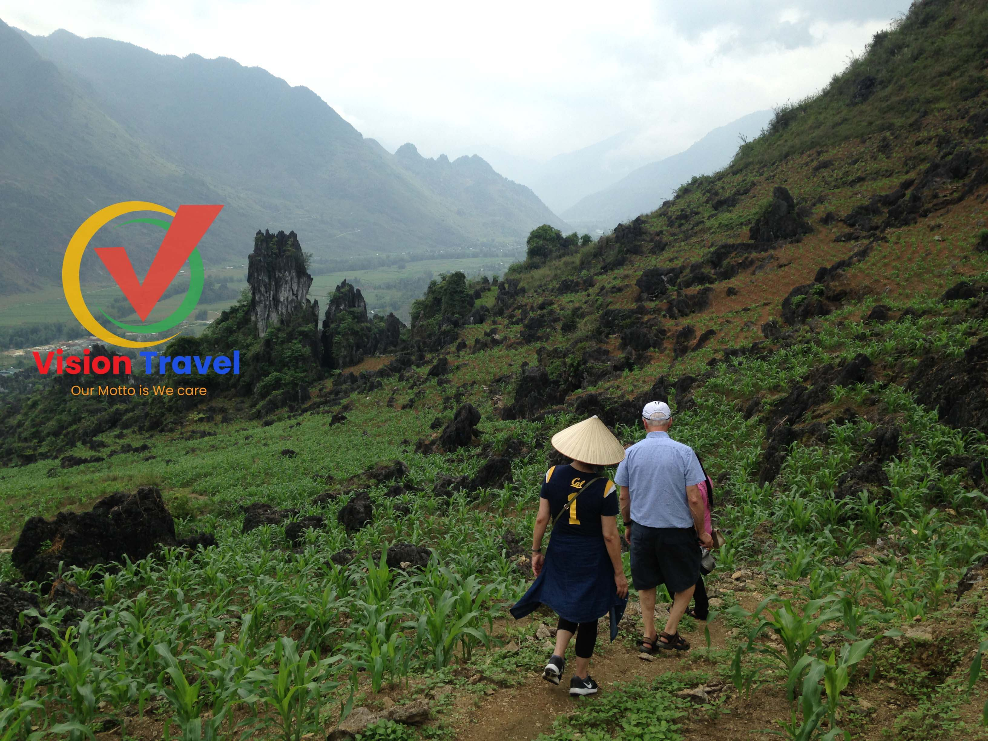 Nam Dam village - Lung Cu village6-day by vehicle Captivating Ha Giang tour (Home stay, Trekking, Market)